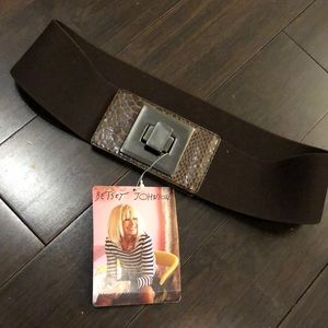 Betsey Johnson belt. wide elastic. NWT!